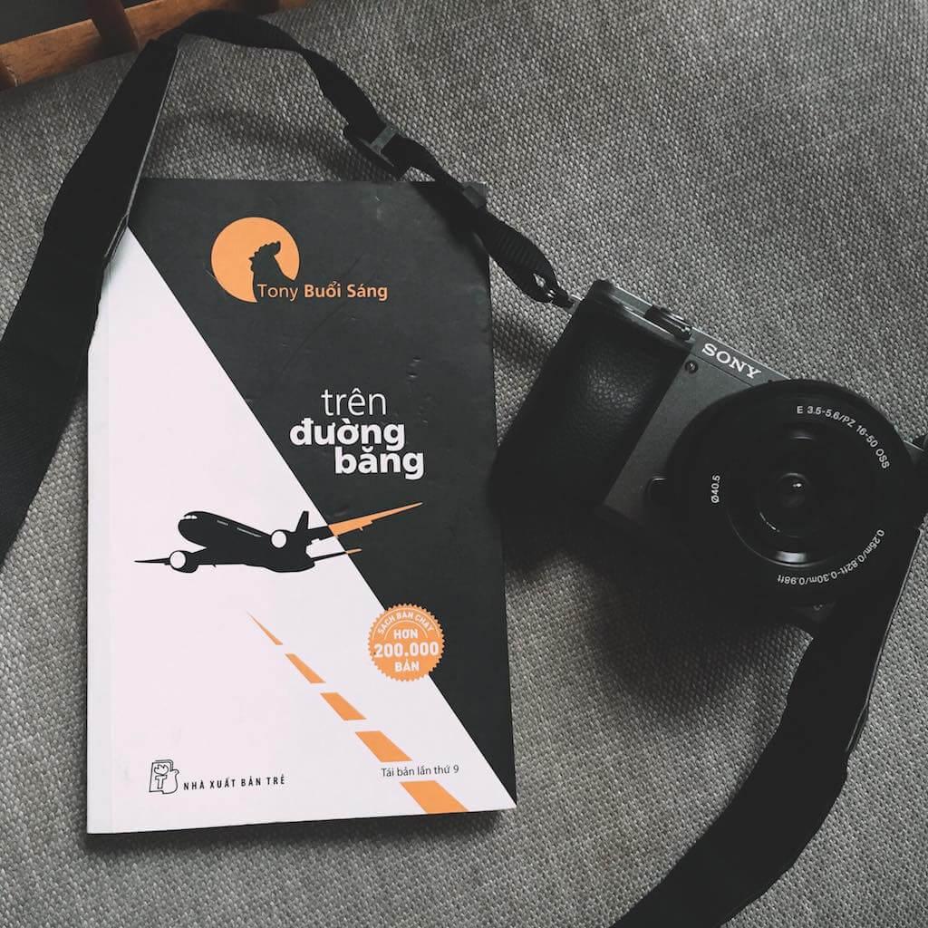 Review sách Trên đường băng - Tony Buổi Sáng - Reviewsach.net ✅