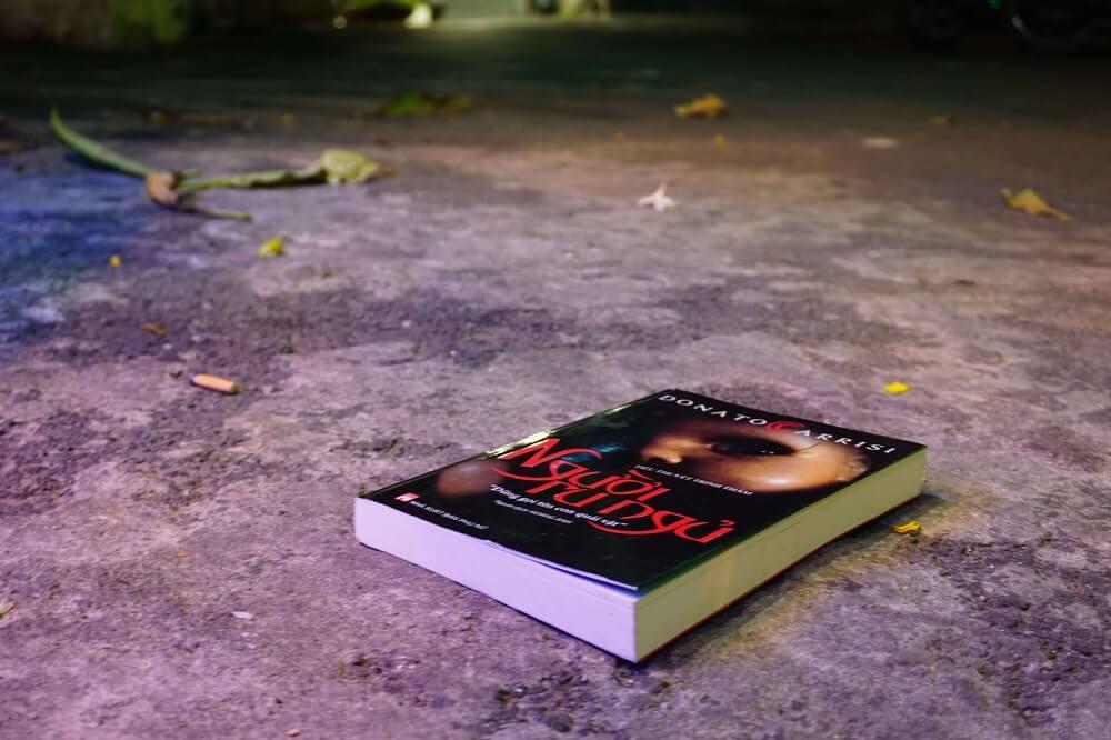 review sách người ru ngủ (1)