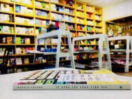 Review sách Cô nàng cửa hàng tiện ích