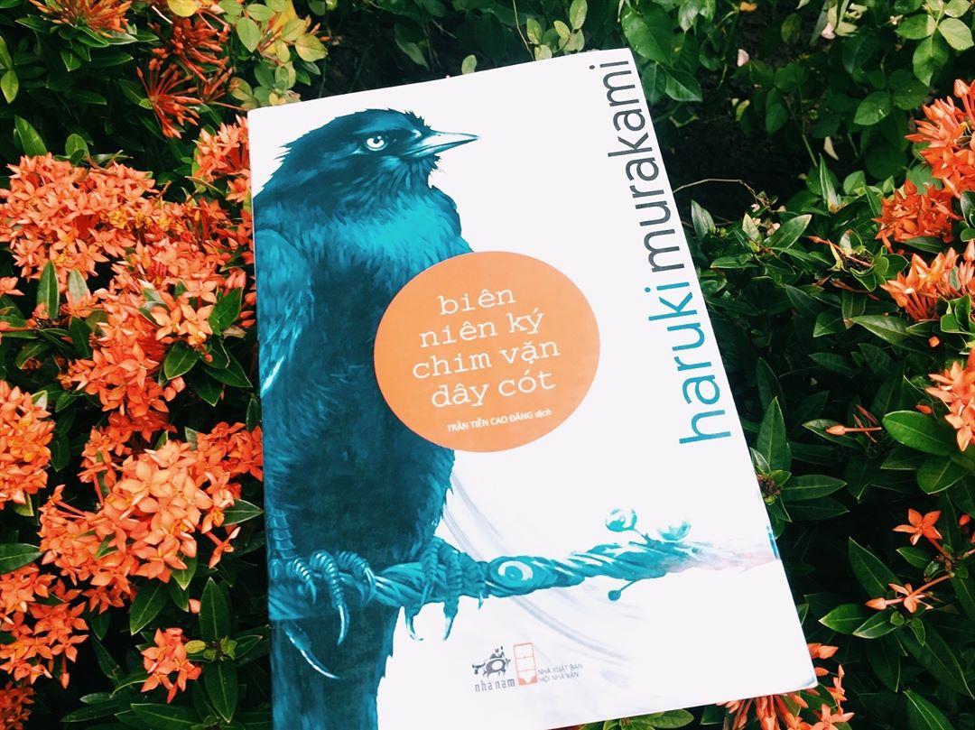 Biên niên ký chim vặn dây cót review bởi reviewsach.net