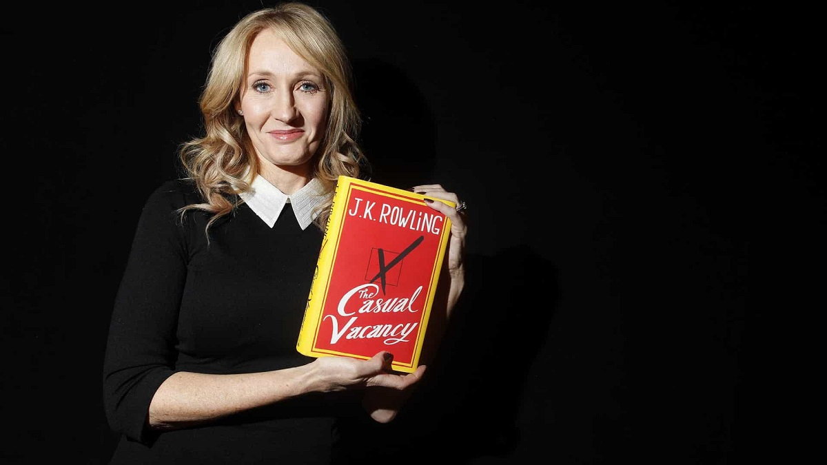 reviewsachonly the casual vacancy J K Rowling
