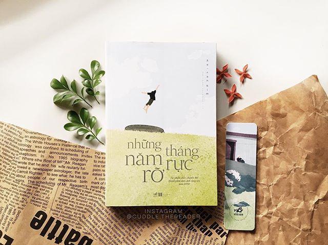 review sach hay nhung thang nam ruc ro