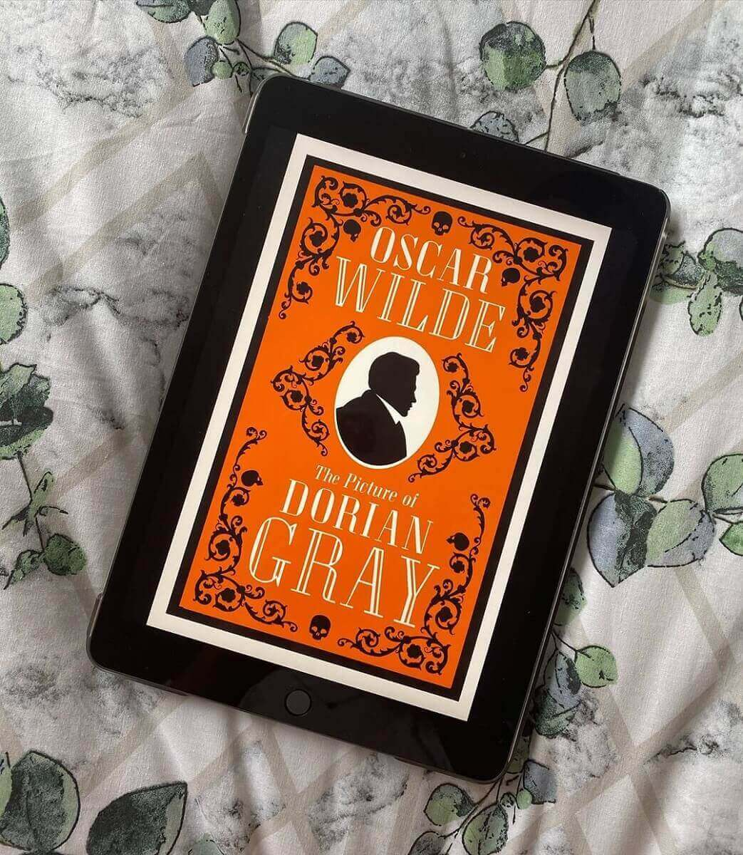 Ảnh readingwithamy_ The Picture of Dorian Gray reviewsachonly