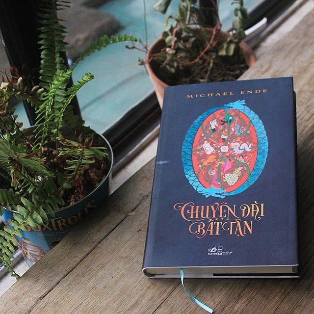 Cuốn sách được Nhã Nam phát hành tại Việt Nam năm 2014