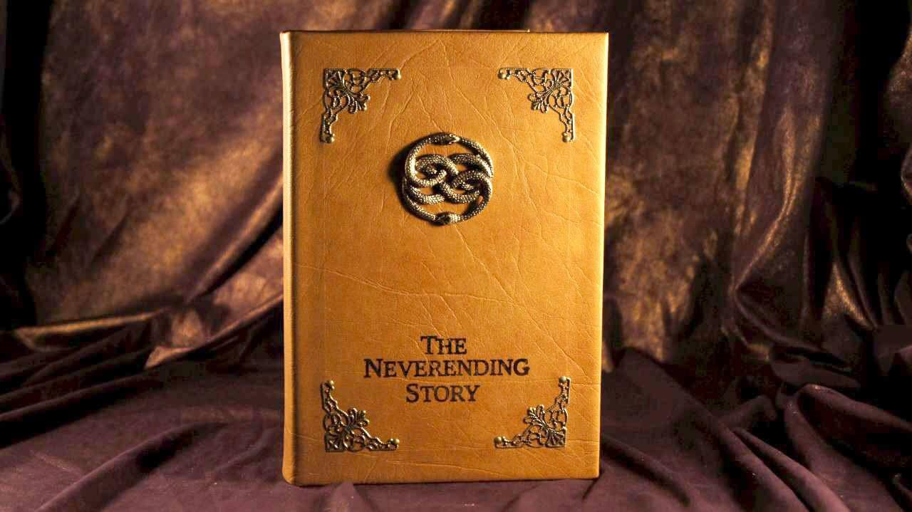 Chuyện dài bất tận (Never ending story) là một trong những tác phẩm kinh điển của Michael Ende nổi tiếng trên toàn thế giới