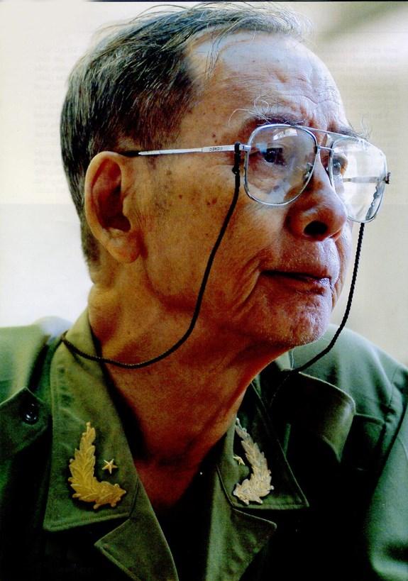 Chân dung Giáo sư, Thiếu tướng tình báo Nguyễn Đình Ngọc - Đơn Tuyến reviewsachonly